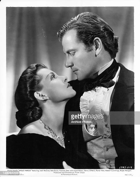Joel McCrea and Frances Dee passionately gazing into one an others eyes in a scene from the film 'Wells Fargo' 1937