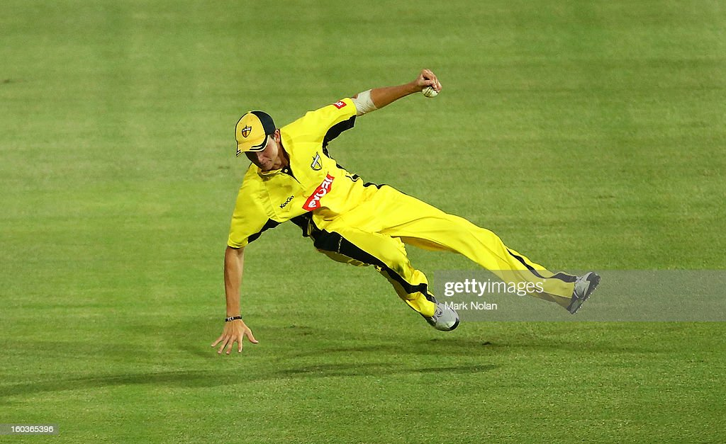 Joel Paris of the Warrios takes a catch during the Ryobi One Day Cup match between the New South Wales Blues and the Western Australia Warriors at Sydney Cricket Ground on January 30, 2013 in Sydney, Australia.