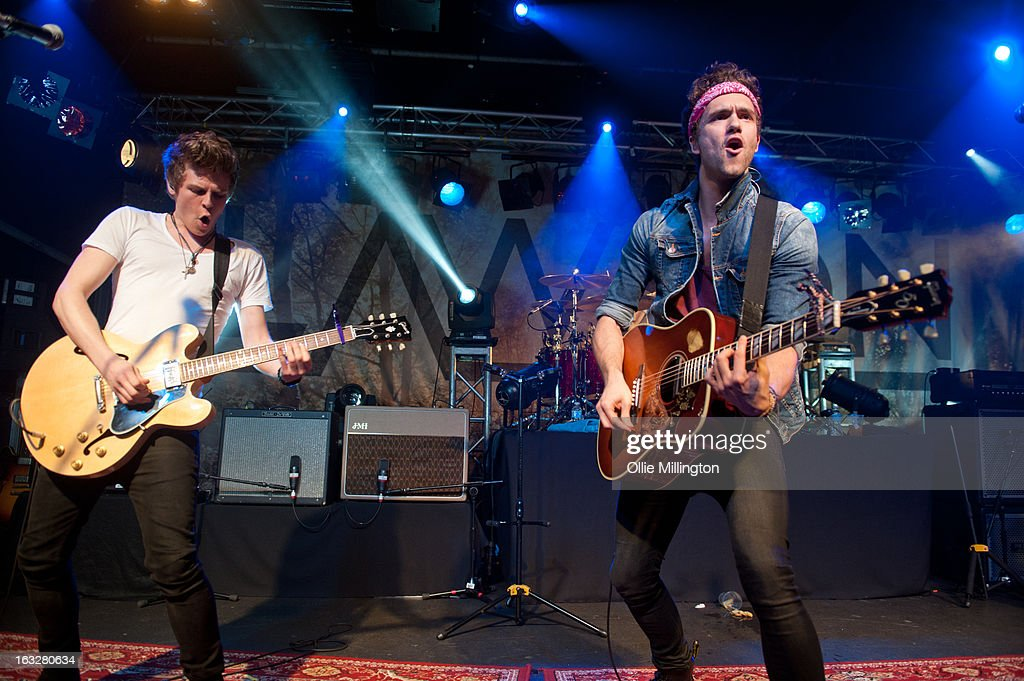 <a gi-track='captionPersonalityLinkClicked' href=/galleries/search?phrase=Joel+Peat&family=editorial&specificpeople=7078660 ng-click='$event.stopPropagation()'>Joel Peat</a> and Andy Brown of Lawson perform during a sold out show on their Chapman Square Tour at Rock City on March 6, 2013 in Nottingham, England.