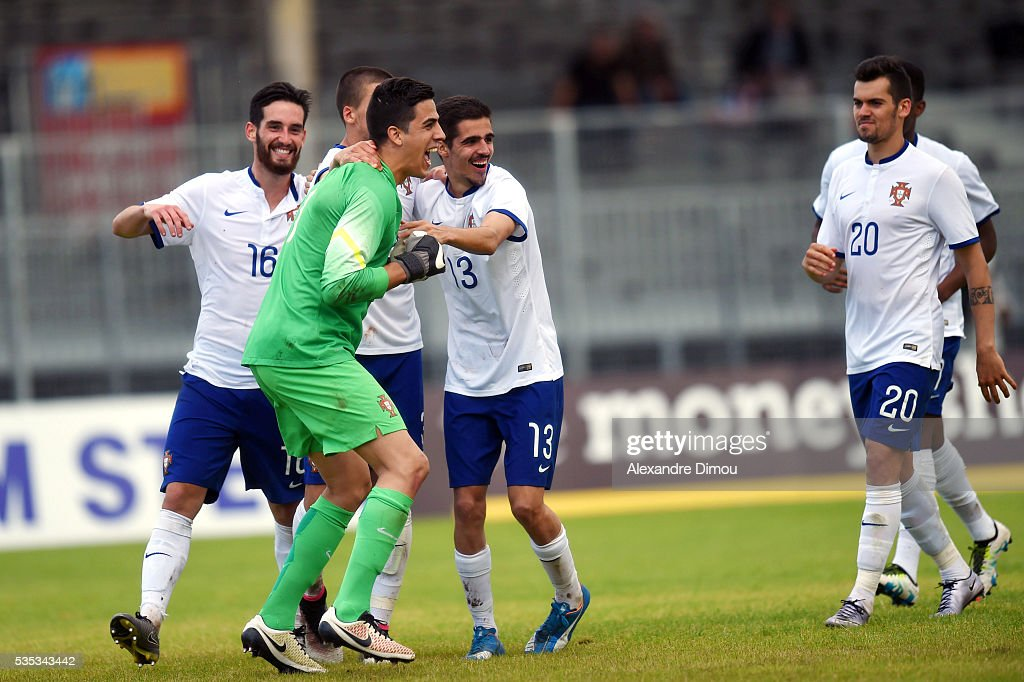 Joel Pereira of Portugal and Team Portugal celebrates the victory during the International Football Festival tournament of Toulon, third place match between Portugal U20 and Czech Republic U20 on May 29, 2016 in Avignon, France.