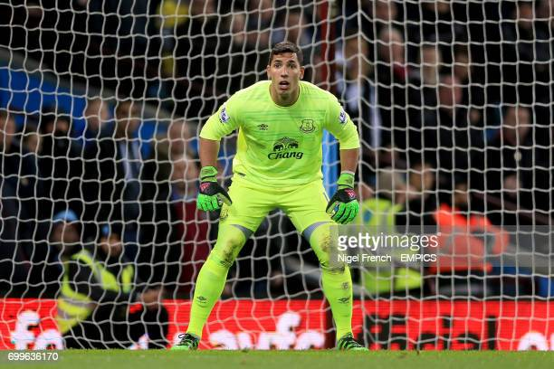 Joel Robles Everton goalkeeper