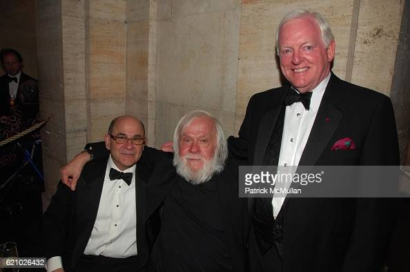 Joel Shapiro John Baldessari and Rusty Powell attend Prelude Toasting a New Century at the HARVARD ART MUSEUM at Fogg Museum Cambridge MA on May 17...