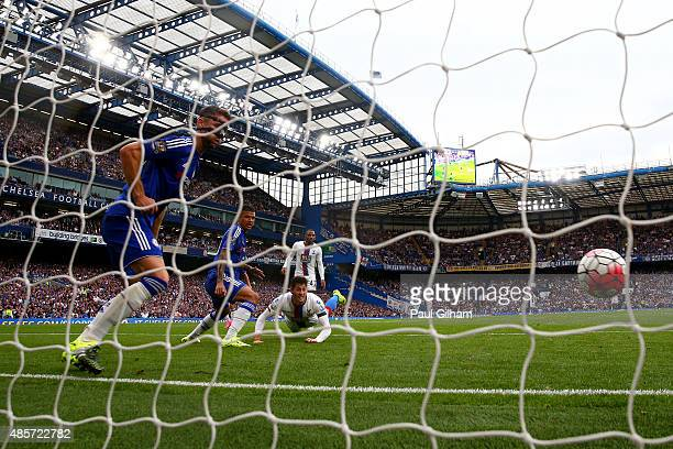 Joel Ward of Crystal Palace scores his team's second goal during the Barclays Premier League match between Chelsea and Crystal Palace at Stamford...