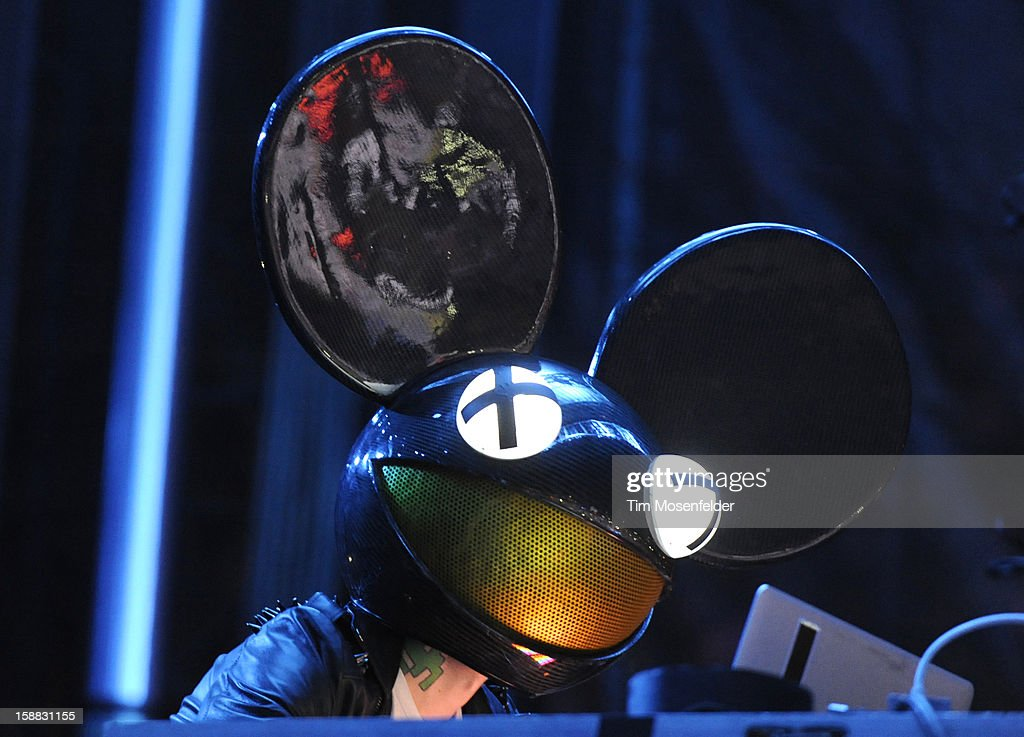 Joel Zimmerman aka <a gi-track='captionPersonalityLinkClicked' href=/galleries/search?phrase=Deadmau5&family=editorial&specificpeople=5701846 ng-click='$event.stopPropagation()'>Deadmau5</a> performs during the Snowglobe Music Festival at Lake Tahoe Community College on December 30, 2012 in South Lake Tahoe, CA.