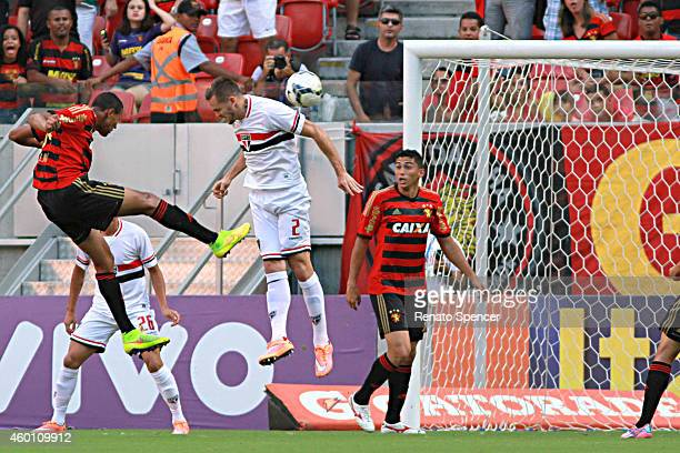 Joelinton of Sport Recife a header during the Brasileirao Series A 2014 match between Sport Recife and Sao Paulo at Arena Pernambuco Stadium on...