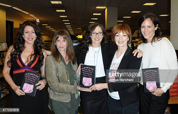 Joely Fisher Laraine Newman Annabelle Gurwitch Francis Fisher and Annabeth Gish arrive at the Annabelle Gurwitch book signing for 'I See You Made An...