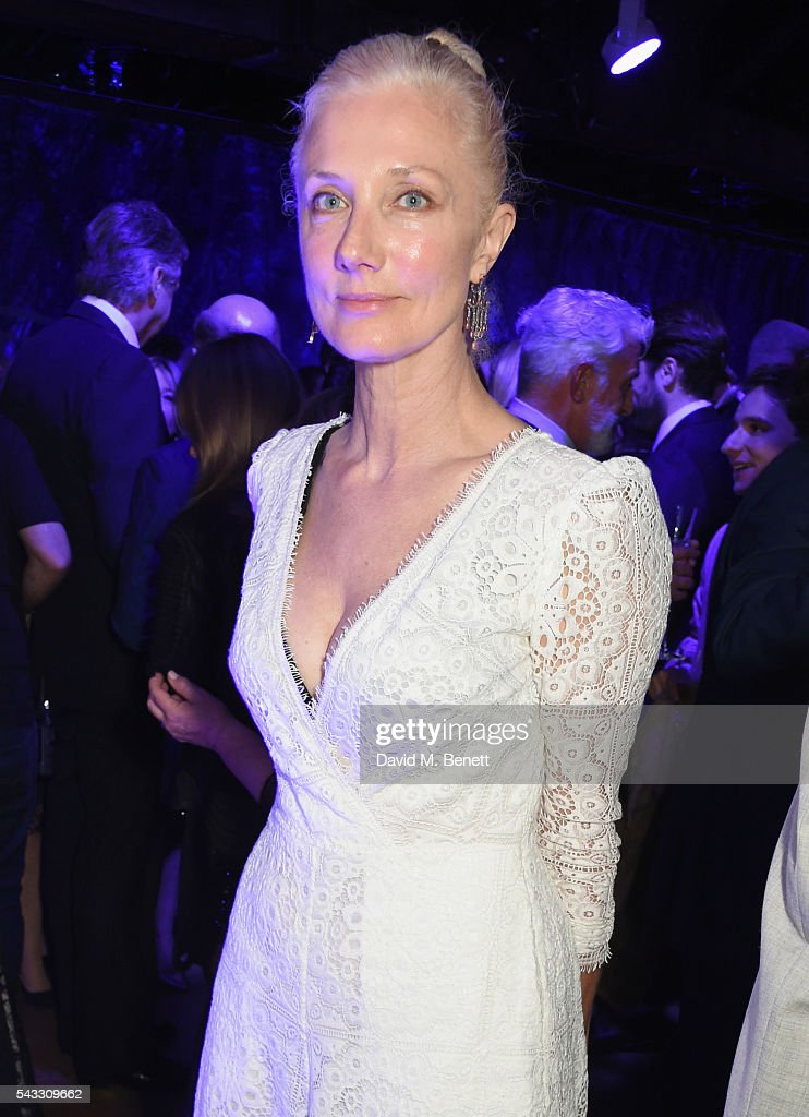 <a gi-track='captionPersonalityLinkClicked' href=/galleries/search?phrase=Joely+Richardson&family=editorial&specificpeople=201859 ng-click='$event.stopPropagation()'>Joely Richardson</a> attends the Summer Gala for The Old Vic at The Brewery on June 27, 2016 in London, England.