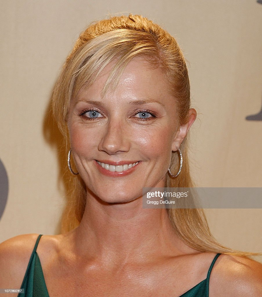 """""""A Family Affair: Women in Film Celebrates the Paltrow Family"""" With 2004"""
