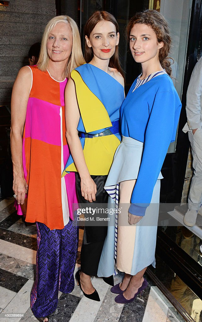 <a gi-track='captionPersonalityLinkClicked' href=/galleries/search?phrase=Joely+Richardson&family=editorial&specificpeople=201859 ng-click='$event.stopPropagation()'>Joely Richardson</a>, Roksanda Ilincic and <a gi-track='captionPersonalityLinkClicked' href=/galleries/search?phrase=Daisy+Bevan&family=editorial&specificpeople=799751 ng-click='$event.stopPropagation()'>Daisy Bevan</a> attend the opening of Roksanda on Mount Street on June 10, 2014 in London, England.