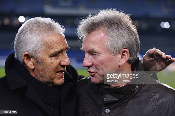 Joerg Berger talks to Benno Moehlmann during the Ansgar Brinkmann Farewell Match at the Schueco Arena on March 27 2009 in Bielefeld Germany