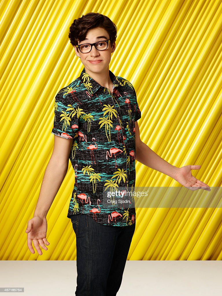 Disney channel coloring pages liv and maddie - Maddie Joey Bragg Stars As Joey Rooney On Disney Channel S Liv And