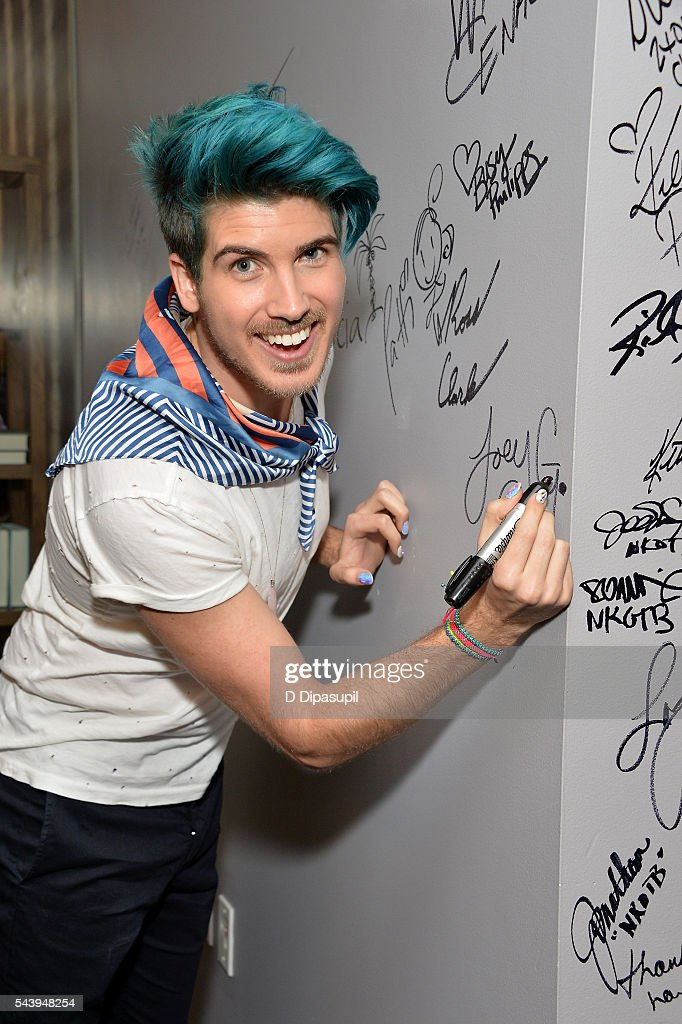 <a gi-track='captionPersonalityLinkClicked' href=/galleries/search?phrase=Joey+Graceffa&family=editorial&specificpeople=9869192 ng-click='$event.stopPropagation()'>Joey Graceffa</a> attends the AOL Build Speaker Series to discuss the new YouTube Red series 'Escape The Night' at AOL Studios In New York on June 30, 2016 in New York City.