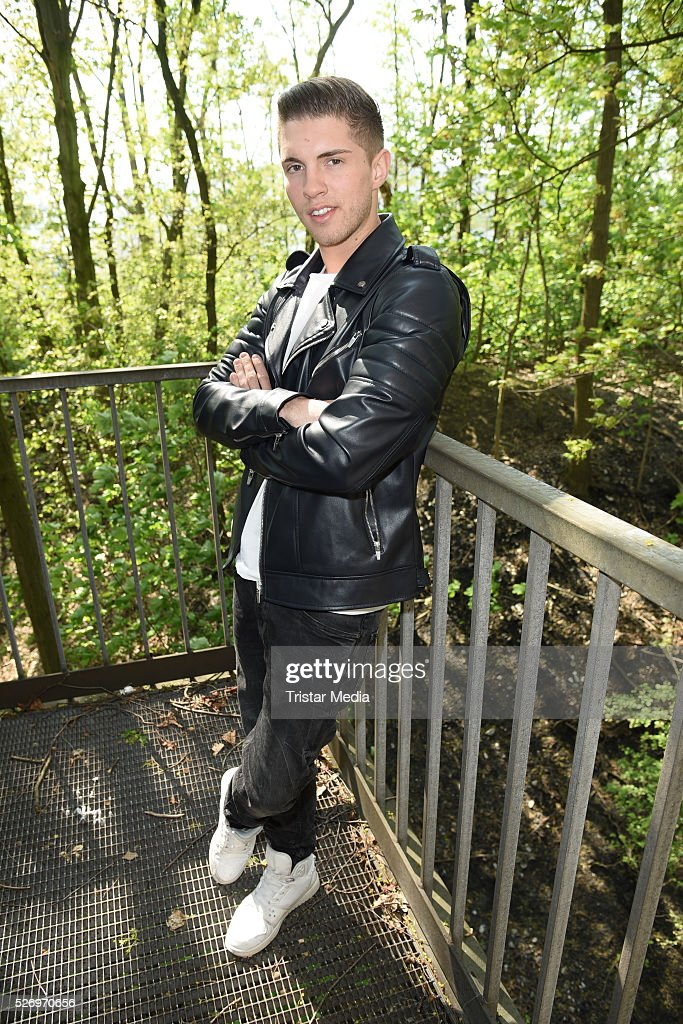 Joey Heindle attends the VIP Area - 'BILD Renntag' At Trabrennbahn Gelsenkirchen on Mai 01, 2016 in Gelsenjirchen, Germany.
