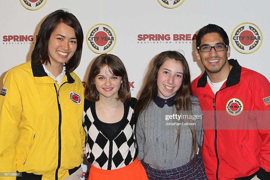 Joey King (L) and City Year Los Angeles AmeriCorps members attend the City Year Los Angeles' Spring Break: Destination Education at Sony Pictures Studios on April 20, 2013 in Culver City, California.