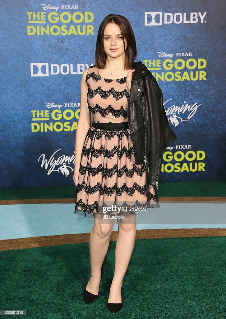 Joey King arrives at the premiere of Disney-Pixar's 'The Good Dinosaur' on November 17, 2015 in Hollywood, California.