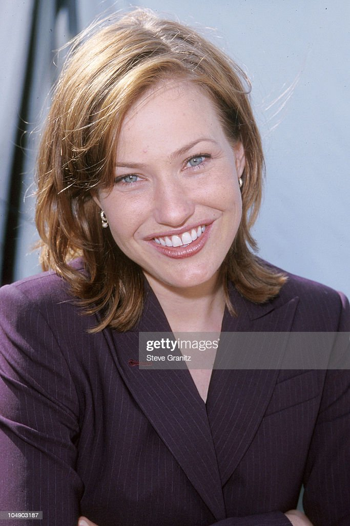 30 Wallpapers Joey Lauren Adams | fbemot.com