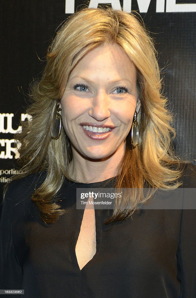 <a gi-track='captionPersonalityLinkClicked' href=/galleries/search?phrase=Joey+Lauren+Adams&family=editorial&specificpeople=621841 ng-click='$event.stopPropagation()'>Joey Lauren Adams</a> poses at the Texas Film Hall of Fame Awards at Austin Studios on March 7, 2013 in Austin, Texas.