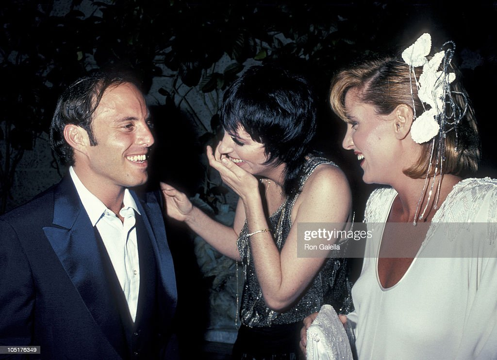 Joey Luft, Liza Minnelli, and Lorna Luft during Premiere ...