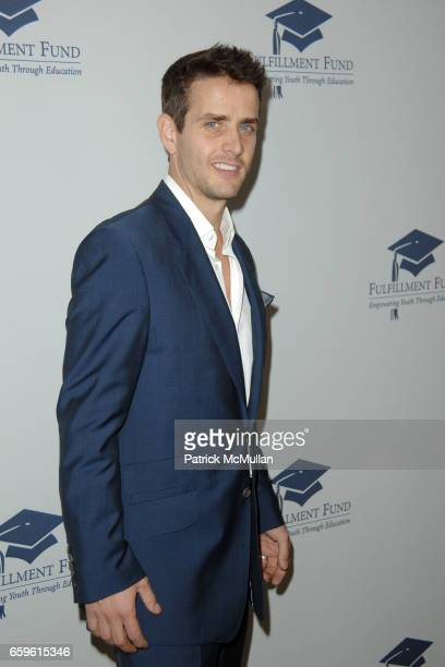 Joey McIntyre attends FULFILLMENT FUND HONORS JUDD APATOW AND LESLIE MANN AT 2009 BENEFIT GALA at Beverly Hills Hotel on October 26 2009 in Beverly...