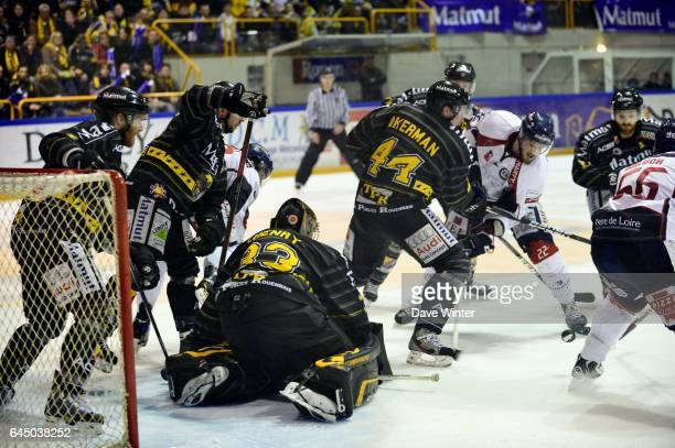 Johan AKERMAN / Brian HENDERSON Rouen / Angers Finale Ligue Magnus Photo Dave Winter / Icon Sport