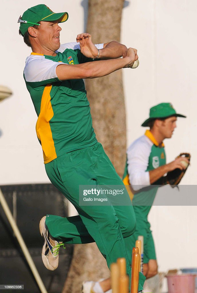 Johan Botha of South Africa bowls during a Proteas nets session at VCA Stadium on March 11, 2011 in Nagpur, India.