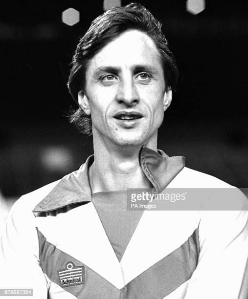 Johan Cruyff prior to the friendly at Stamford Bridge between Drecht Steden 79 and Chelsea