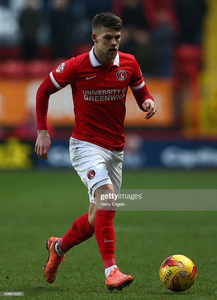 Johan Gudmundsson of Charlton runs upfield during the Sky Bet Championship match between Charlton Athletic and Cardiff City at The Valley on February 13, 2016 in London, United Kingdom.