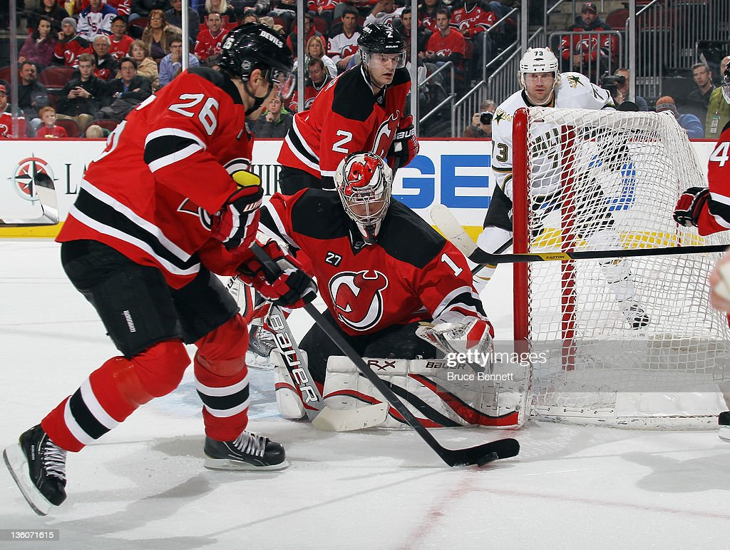 <a gi-track='captionPersonalityLinkClicked' href=/galleries/search?phrase=Johan+Hedberg&family=editorial&specificpeople=202078 ng-click='$event.stopPropagation()'>Johan Hedberg</a> #1 of the New Jersey Devils skates against the Dallas Stars at the Prudential Center on December 16, 2011 in Newark, New Jersey. The Devils defeated the Stars 6-3.