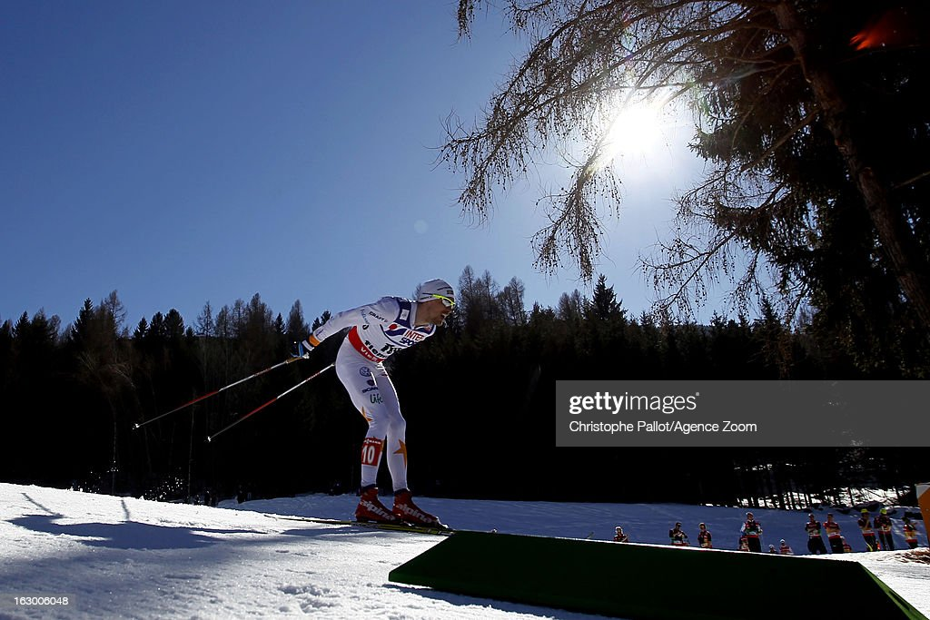 <a gi-track='captionPersonalityLinkClicked' href=/galleries/search?phrase=Johan+Olsson&family=editorial&specificpeople=724246 ng-click='$event.stopPropagation()'>Johan Olsson</a> of Sweden takes the gold medal competes during the FIS Nordic World Ski Championships Cross Country Men's Mass Start on March 03, 2013 in Val di Fiemme, Italy.
