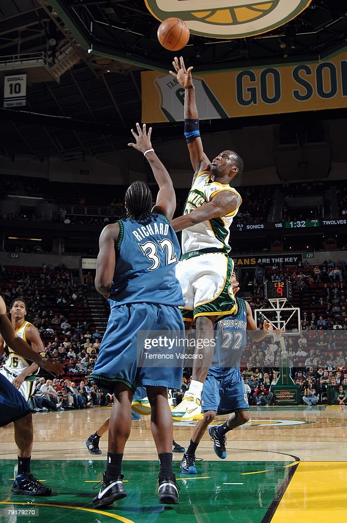 Johan Petro #27 of the Seattle SuperSonics shoots over Chris Richard #32 of the Minnesota Timberwolves during the game at Key Arena on December 29, 2007 in Seattle, Washington. The Sonics won 109-90.