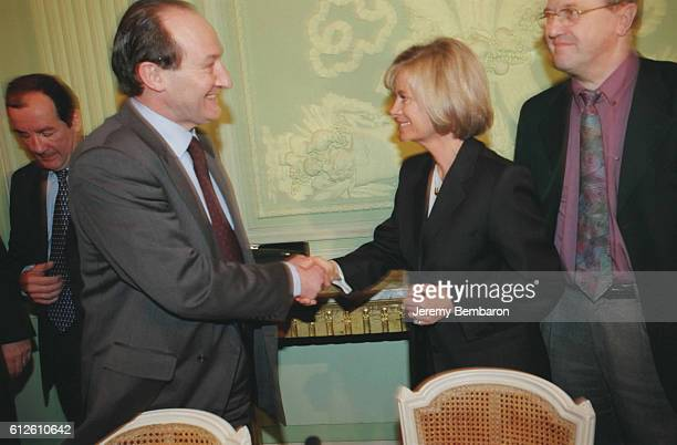M Johanet director of CNAMTS and Elisabeth Guigou