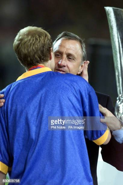 LEAGUE Johann Cruyff consoles his son Jordi after his side Alaves lost the UEFA cup final to Liverpool on the Golden goal rule during the UEFA Cup...