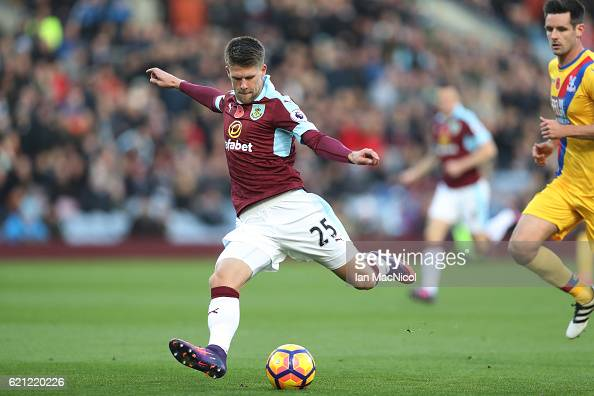 Johann Guomundsson of Burnley scores his sides second goal during the Premier League match between Burnley and Crystal Palace at Turf Moor on...