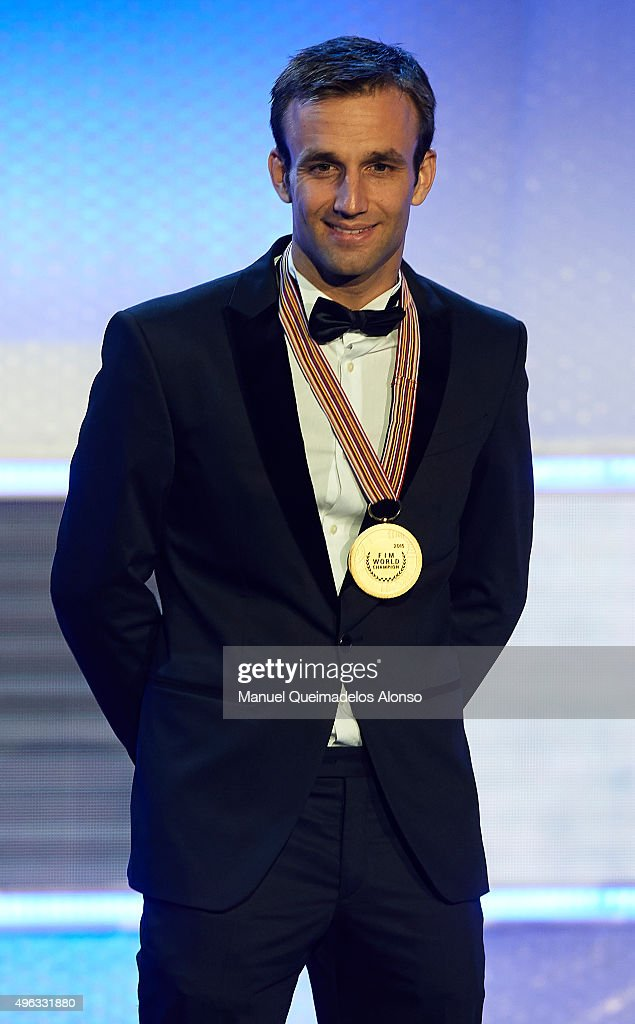 <a gi-track='captionPersonalityLinkClicked' href=/galleries/search?phrase=Johann+Zarco&family=editorial&specificpeople=4501201 ng-click='$event.stopPropagation()'>Johann Zarco</a> of France and AJO Motorsport poses with the medal during the 2015 FIM MotoGP Awards Ceremony at Fira de Valencia on November 8, 2015 in Valencia, Spain.