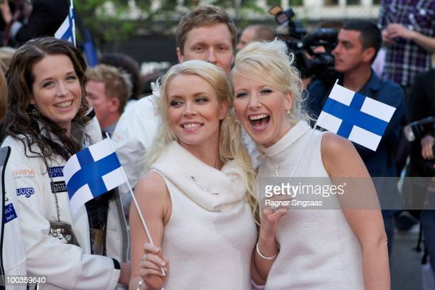 Johanna Virtanen and Susan Aho of Finland arrive on the pink carpet at the Eurovision Official Welcome Reception on May 23 2010 in Oslo Norway In all...