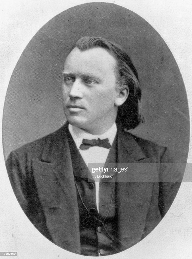 Johannes Brahms - Anne-Sophie Mutter , Berliner Philharmoniker , Herbert von Karajan - Konzert Für Violine Und Orchester D-Dur Op. 77