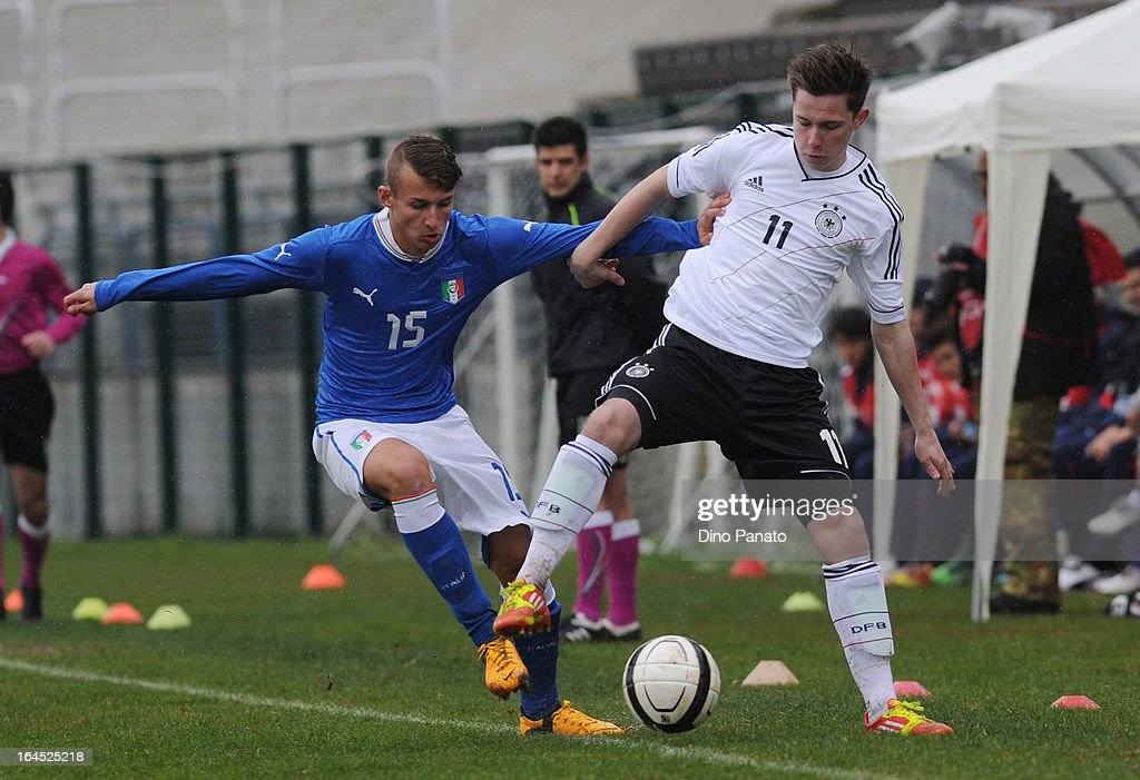 Johannes Eggestein (R) of Germany U15 competes with Simone Auriletto of Italy U15 during the International U15 Tournament match between U15 Germany and U15 Italy at Stadio Tognon on March 24, 2013 in Fontanafredda, Italy.