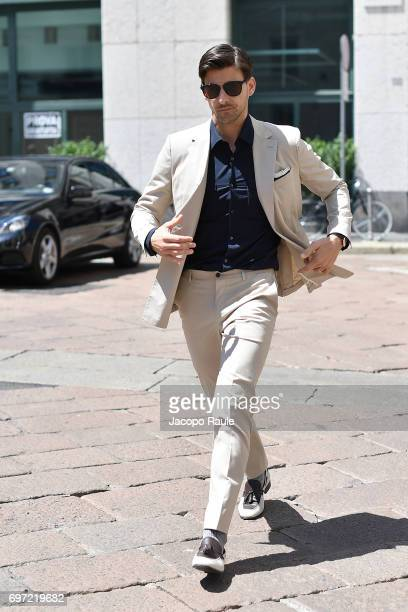 Johannes Huebl arrives at the Salvatore Ferragamo show during Milan Men's Fashion Week Spring/Summer 2018 on June 18 2017 in Milan Italy