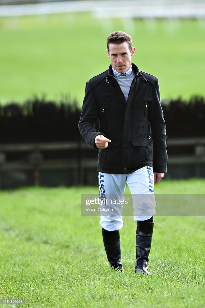 <a gi-track='captionPersonalityLinkClicked' href=/galleries/search?phrase=John+Allen+-+Jockey&family=editorial&specificpeople=15787046 ng-click='$event.stopPropagation()'>John Allen</a> walks the track before Melbourne Racing at Sandown Lakeside on May 28, 2016 in Melbourne, Australia.
