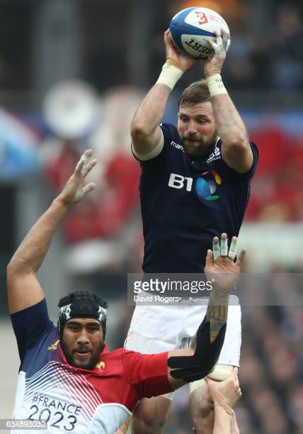 John Barclay of Scotland wins lineout ball under pressure from Sebastien Vahaamahina of France during the RBS Six Nations match between France and...