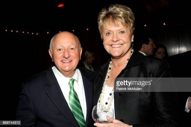 John Beni and Loretta Anderson attend PARADE MAGAZINE and SI Newhouse Jr honor Walter Anderson at The 4 Seasons Grill Room on March 31 2009 in New...