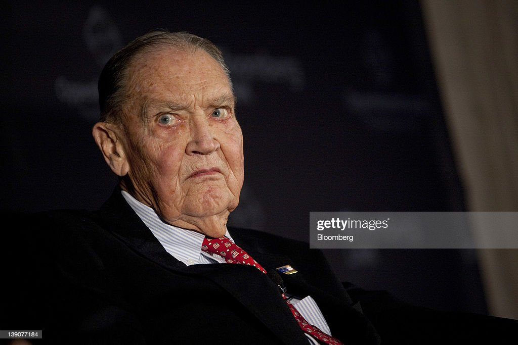 John C. Bogle, founder of the Vanguard Group Inc., listens during a portfolio manager conference in New York, U.S., on Thursday, Feb. 16, 2012. Bogle, who popularized index investing, said lower tax rates for certain types of gains earned by private equity firms are 'ridiculous.' Photographer: Scott Eells/Bloomberg via Getty Images