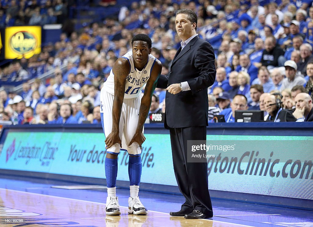 <a gi-track='captionPersonalityLinkClicked' href=/galleries/search?phrase=John+Calipari&family=editorial&specificpeople=619983 ng-click='$event.stopPropagation()'>John Calipari</a> the head coach of the Kentucky Wildcats gives instructions <a gi-track='captionPersonalityLinkClicked' href=/galleries/search?phrase=Archie+Goodwin&family=editorial&specificpeople=9086088 ng-click='$event.stopPropagation()'>Archie Goodwin</a> #10 during the game against the South Carolina Gamecocks at Rupp Arena on February 5, 2013 in Lexington, Kentucky.