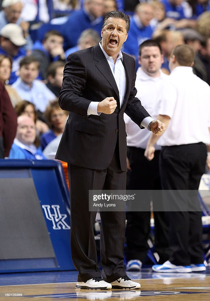<a gi-track='captionPersonalityLinkClicked' href=/galleries/search?phrase=John+Calipari&family=editorial&specificpeople=619983 ng-click='$event.stopPropagation()'>John Calipari</a> the head coach of the Kentucky Wildcats gives instructions to his team during the game against the LSU Tigers at Rupp Arena on January 26, 2013 in Lexington, Kentucky.