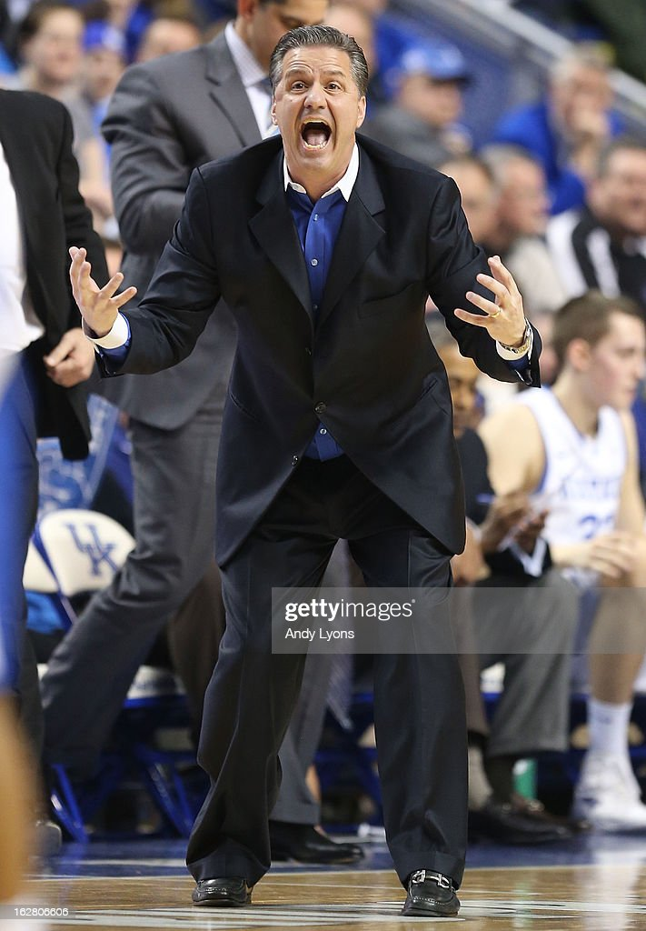 <a gi-track='captionPersonalityLinkClicked' href=/galleries/search?phrase=John+Calipari&family=editorial&specificpeople=619983 ng-click='$event.stopPropagation()'>John Calipari</a> the head coach of the Kentucky Wildcats gives instructions to his team during the game against the Mississippi State Bulldogs at Rupp Arena on February 27, 2013 in Lexington, Kentucky.