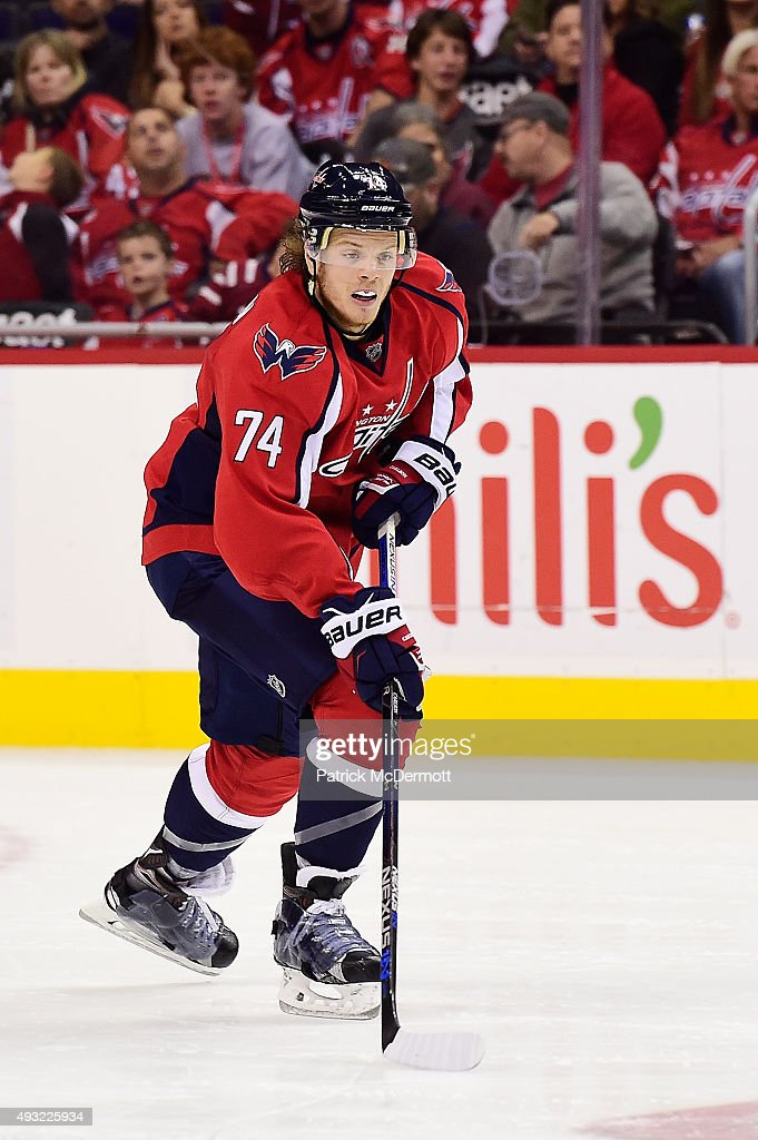 <a gi-track='captionPersonalityLinkClicked' href=/galleries/search?phrase=John+Carlson+-+Ice+Hockey+Player&family=editorial&specificpeople=7983228 ng-click='$event.stopPropagation()'>John Carlson</a> #74 of the Washington Capitals controls the puck in the third period against the Carolina Hurricanes during an NHL game at Verizon Center on October 17, 2015 in Washington, DC.