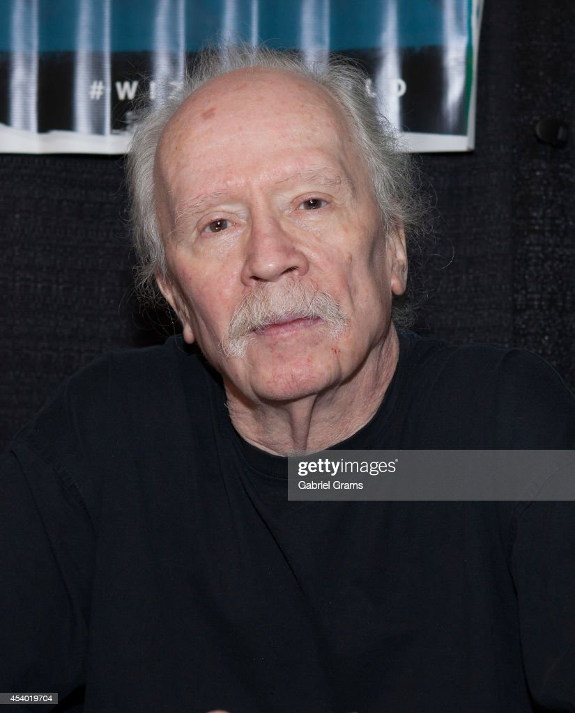 <a gi-track='captionPersonalityLinkClicked' href=/galleries/search?phrase=John+Carpenter&family=editorial&specificpeople=1243793 ng-click='$event.stopPropagation()'>John Carpenter</a> attends Wizard World Chicago Comic Con 2014 at Donald E. Stephens Convention Center on August 23, 2014 in Chicago, Illinois.