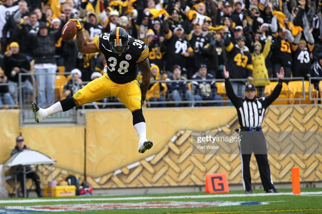 John Clay #38 of the Pittsburgh Steelers celebrates after scoring a touchdown in the second quarter of the game against the St. Louis Rams at Heinz Field on December 24, 2011 in Pittsburgh, Pennsylvania.