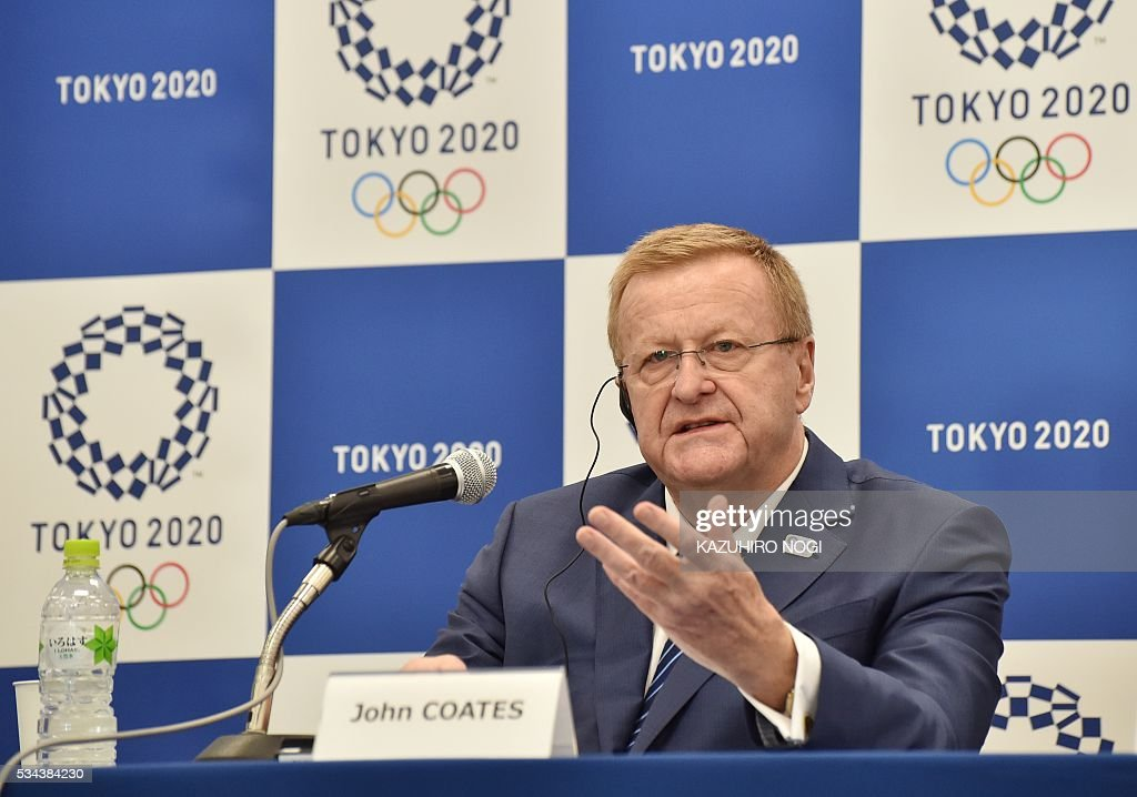 John Coates, chairman of the IOC's Tokyo 2020 coordination commission, answers questions during a press briefing in Tokyo on May 26, 2016. The International Olympic Committee (IOC) held an executive meeting with the Tokyo 2020 Organising Committee in Tokyo from 25 May which includes a venue tour on May 27. / AFP / KAZUHIRO