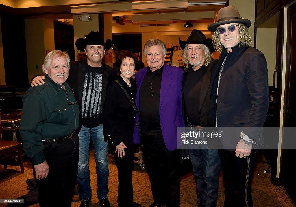 <a gi-track='captionPersonalityLinkClicked' href=/galleries/search?phrase=John+Conlee&family=editorial&specificpeople=1980243 ng-click='$event.stopPropagation()'>John Conlee</a>, <a gi-track='captionPersonalityLinkClicked' href=/galleries/search?phrase=John+Rich+-+Singer&family=editorial&specificpeople=211184 ng-click='$event.stopPropagation()'>John Rich</a>, Jan Howard, Leroy Van Dyke, John Anderson, and Big Kenny attend the 2nd Annual Legendary Lunch presented by Webster Public Relations and CMA at The Palm Restaurant on February 8, 2016 in Nashville, Tennessee.